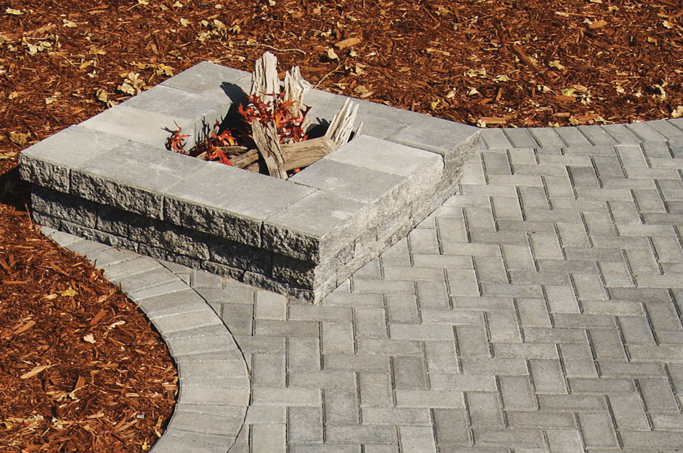 Brickstone Patio with Square Firepit