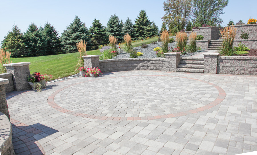 Circlestone & Cobblestone Patio