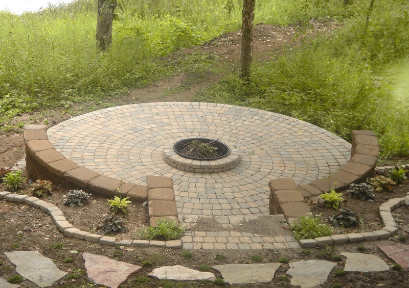 Circlestone Patio & Fire Pit