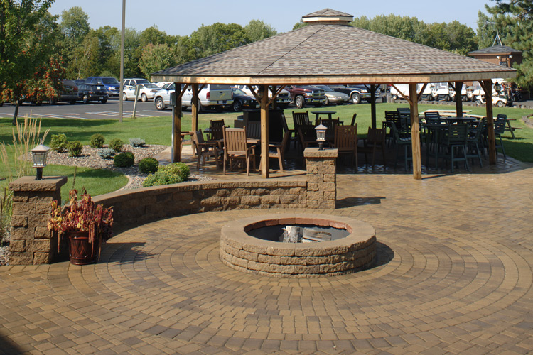 Circlestone Patio & Fire Ring