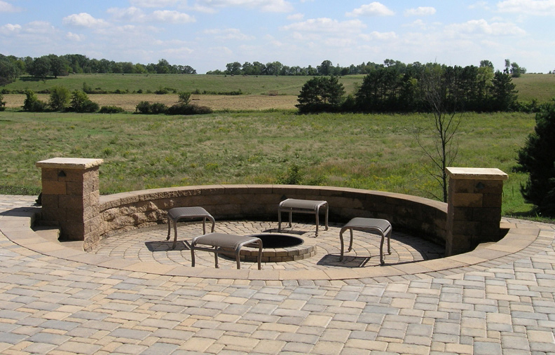 Circlestone Sunken Patio & Fire Ring