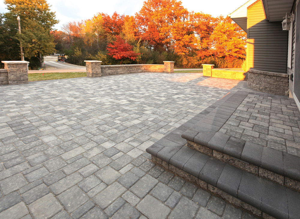 Cobblestone Patio with Bullnose Stair Treads