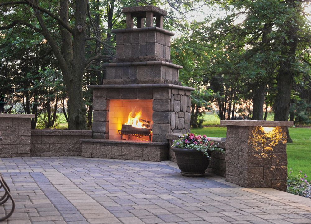 Cobblestone Patio & Ledgestone Fireplace Kit