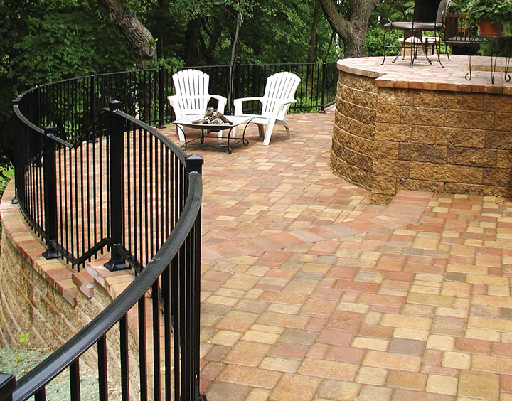 Cobblestone Raised Patio