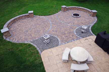 Deluxe Cobblestone Patio