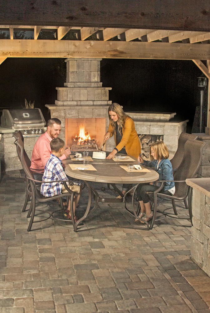 Ledgestone Fireplace Kit with Grill