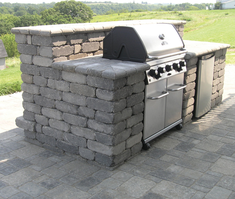Ledgestone Two Tiered Bar & Grill Kit