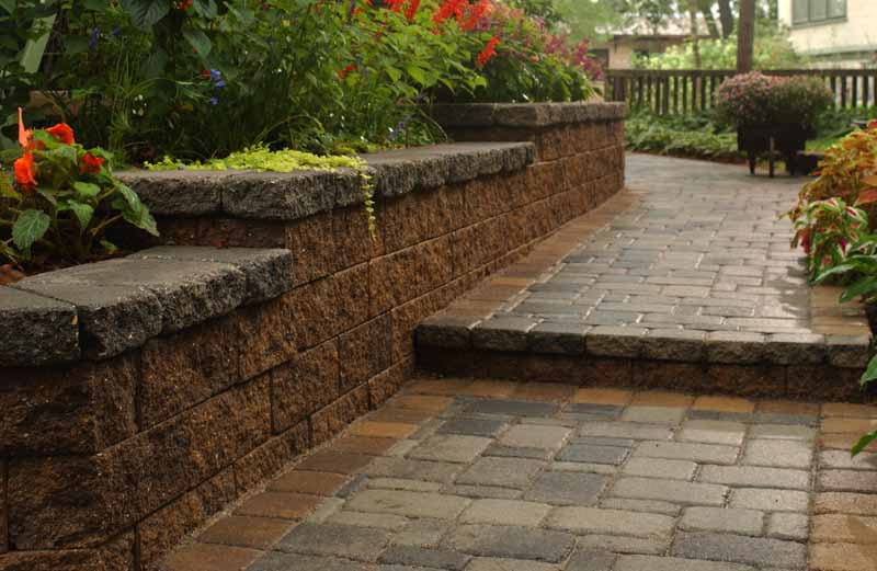Walkway with Transition Step
