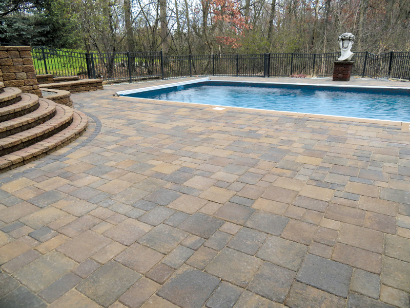 Cobblestone 12x12 Lakeshore Patio Pool Web