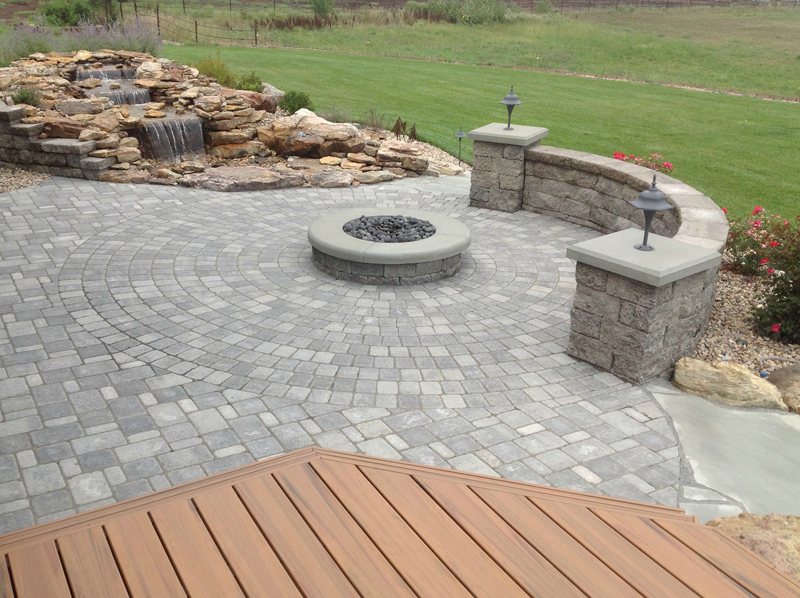 Cobblestone & Circlestone patio