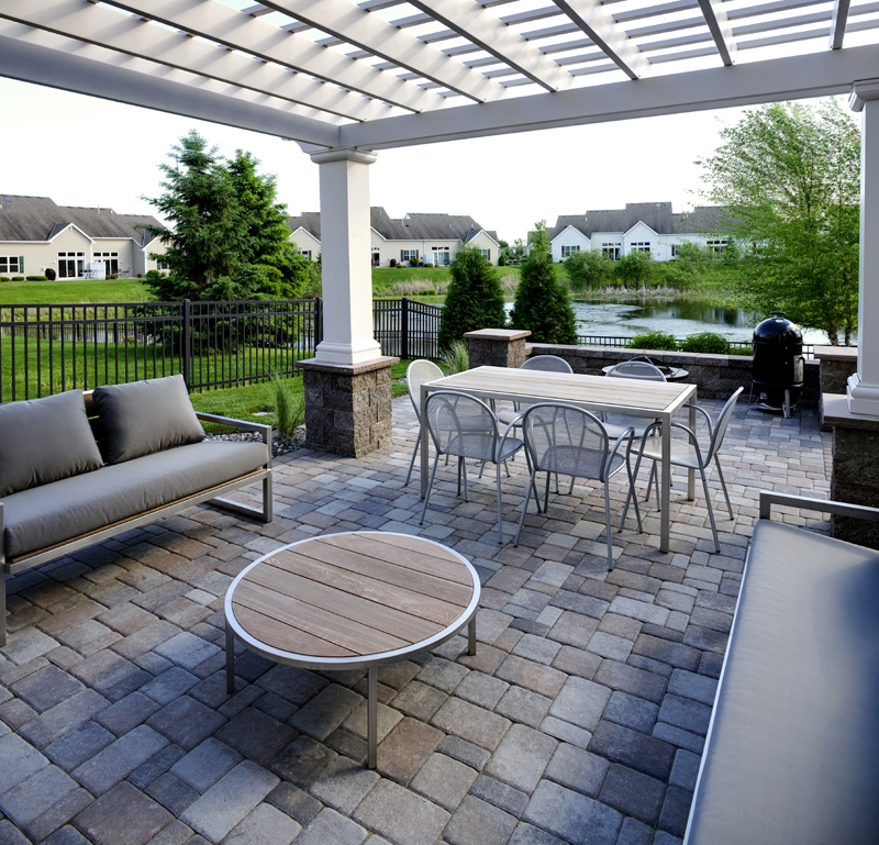 Patio, Pergola & Perfection!