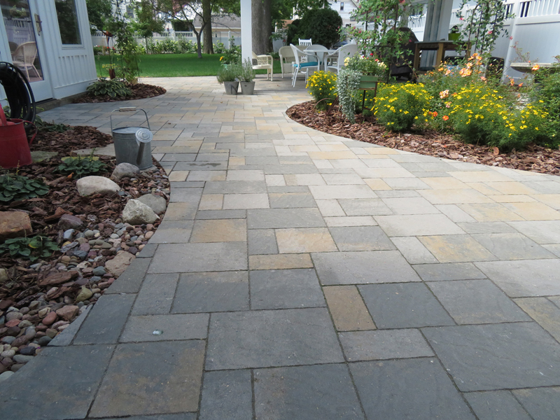 Slatestone Walkway Patio